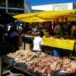 Iramaia feira-livre, carne expostas ao sol